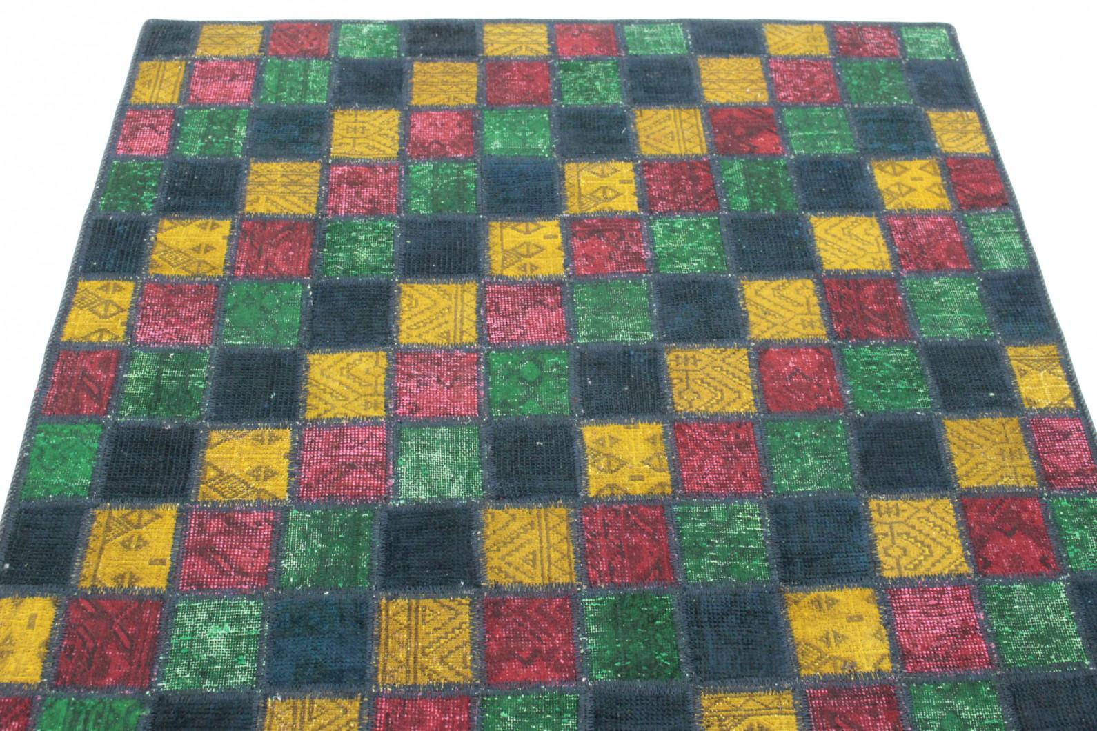 patchwork teppich blau gr n gelb rot in 210x130 1001. Black Bedroom Furniture Sets. Home Design Ideas