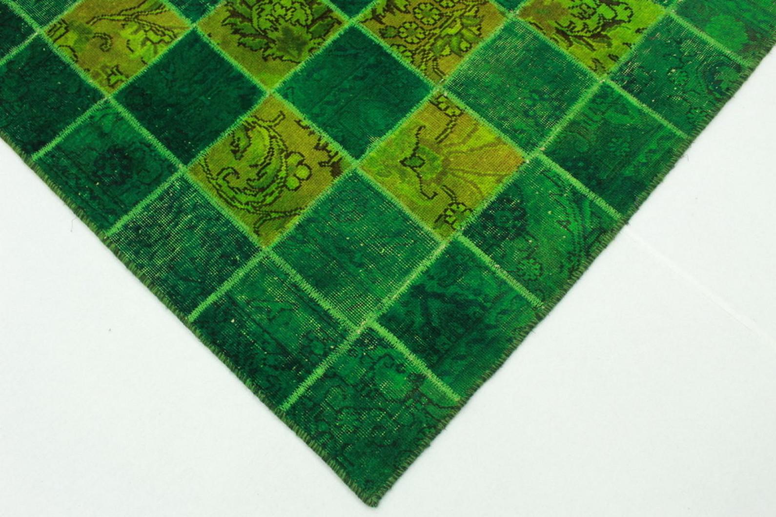 patchwork teppich gr n in 244x160cm 1001 2192 bei. Black Bedroom Furniture Sets. Home Design Ideas