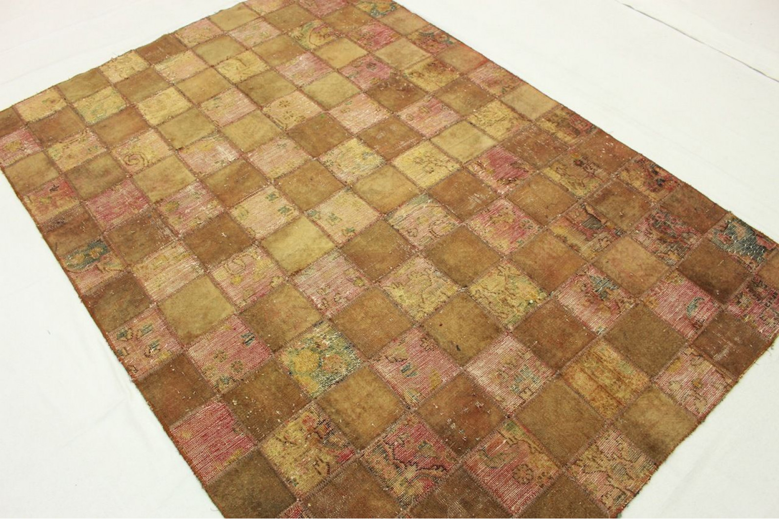 patchwork teppich braun rosa in 210x150cm 1001 2487 bei. Black Bedroom Furniture Sets. Home Design Ideas