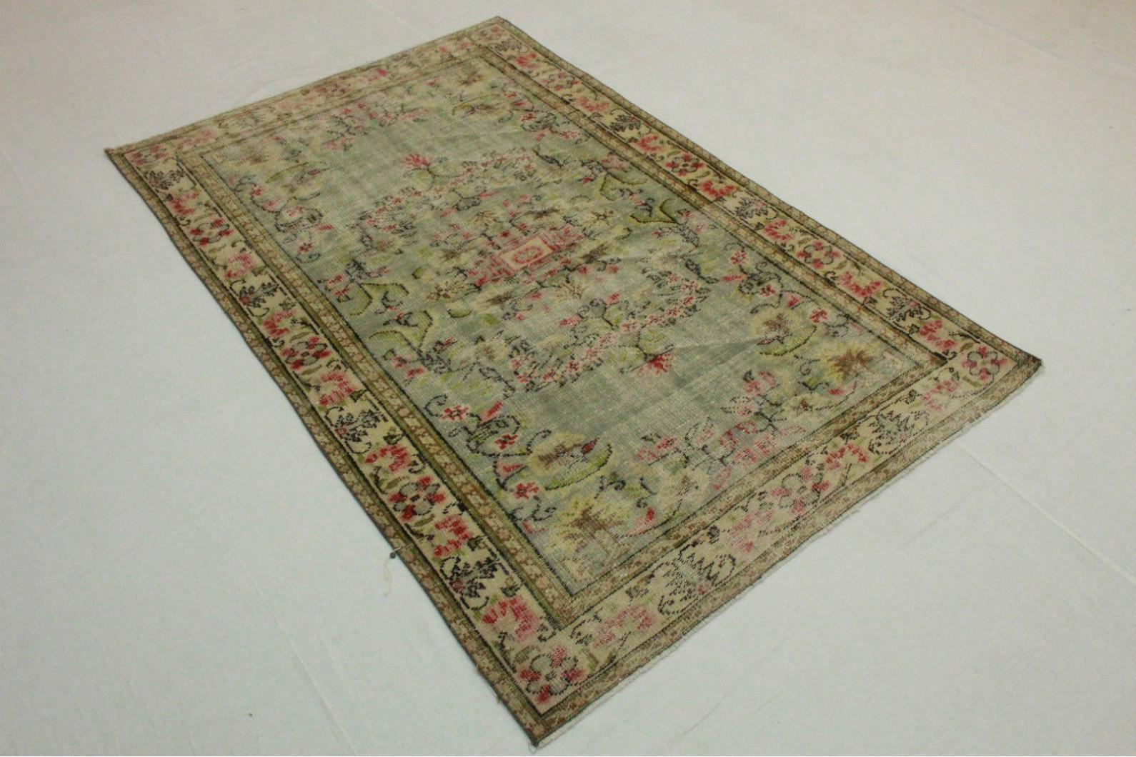 Vintage teppich grün beige in cm  bei carpetido