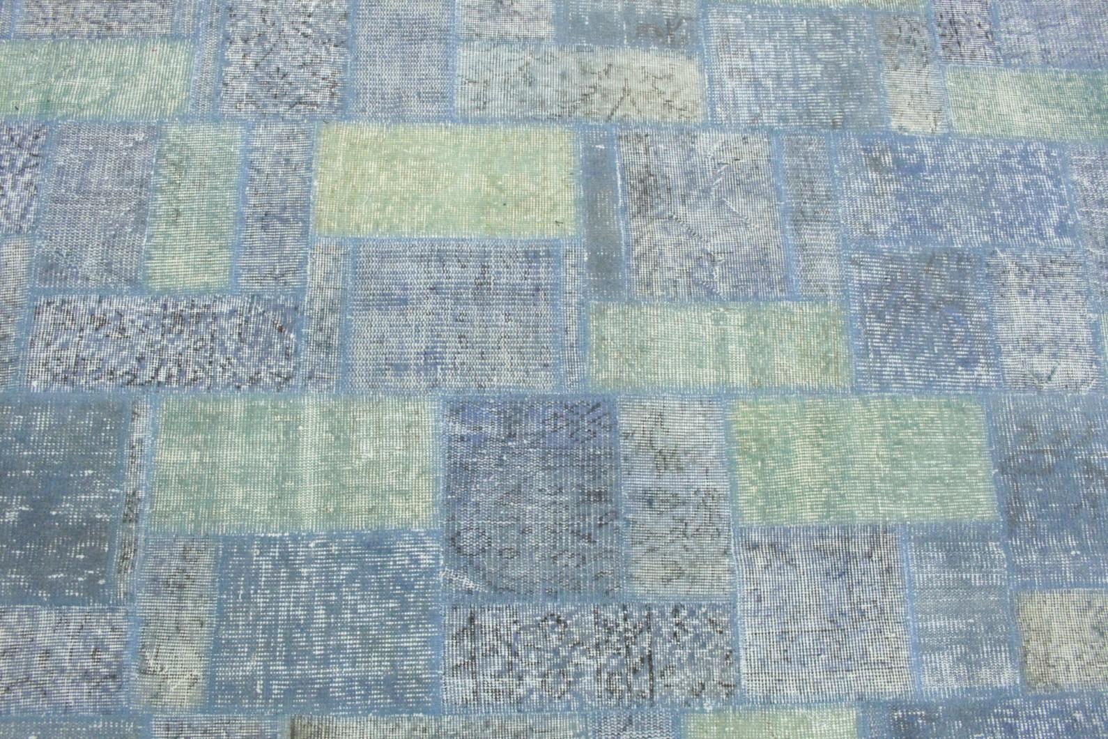 patchwork teppich grau gr n blau in 300x210 1011 7546. Black Bedroom Furniture Sets. Home Design Ideas