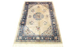 Traditional Vintage Rug China in 300x200