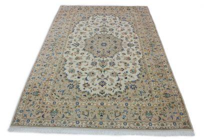 Klassischer Teppich Kashan in 350x240