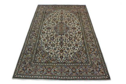 Klassischer Teppich Kashan in 310x200