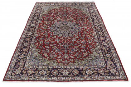Traditional Vintage Rug Isfahan in 370x260