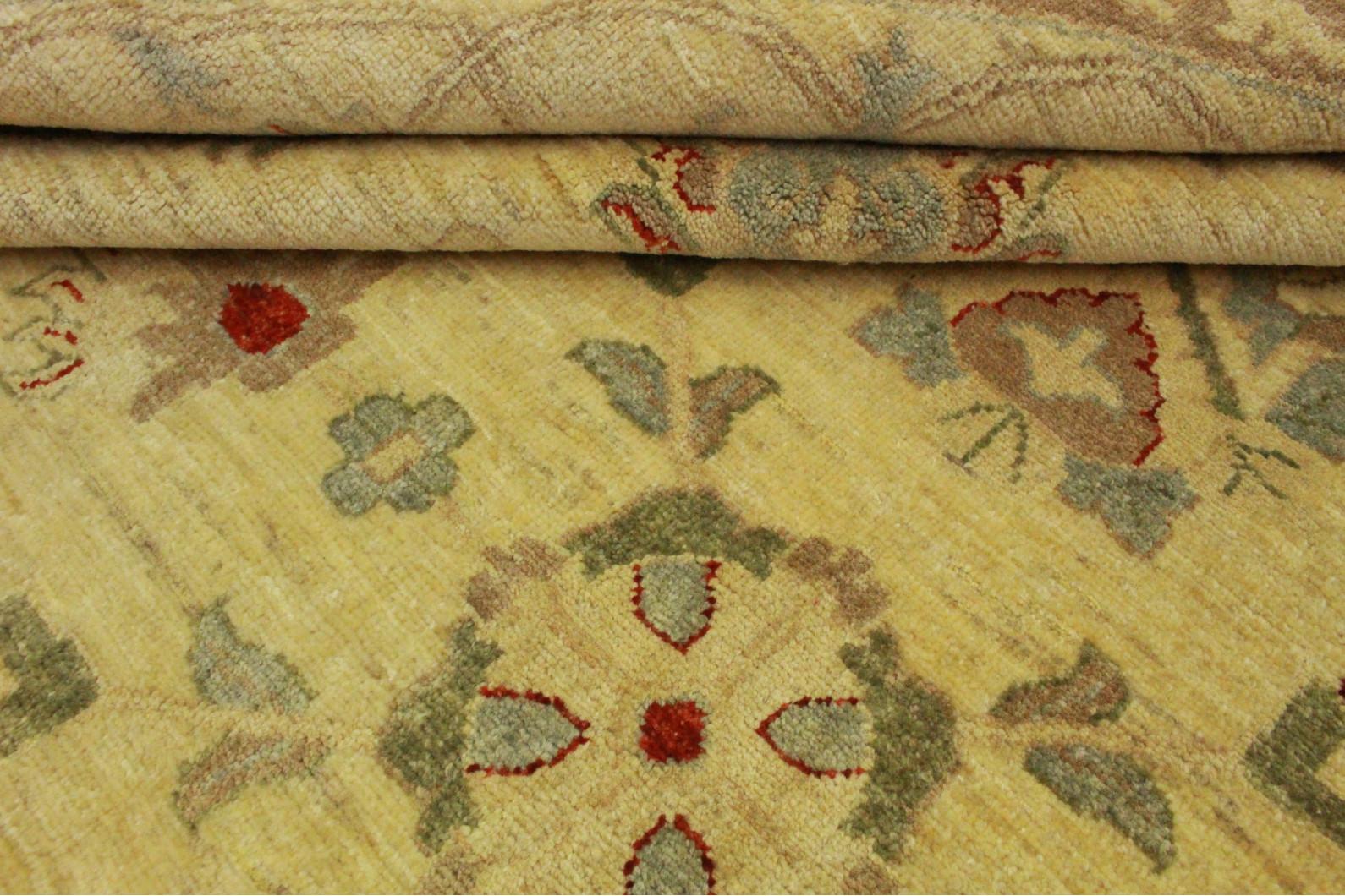 Teppich rund beige free smoozy teppich rundacf with - Mann mobilia babyzimmer ...