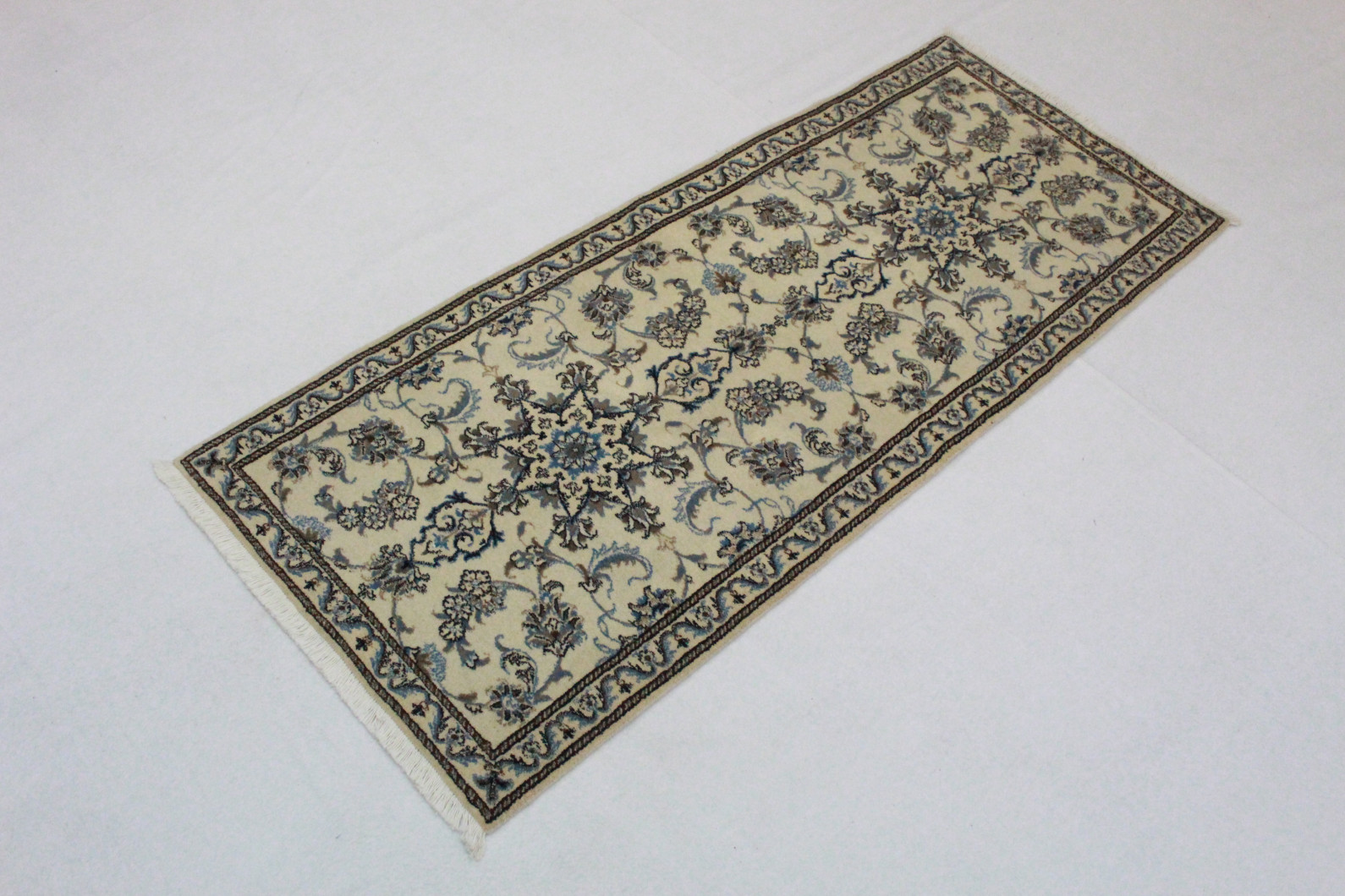 nain teppich l ufer beige blau in 200x80 5120 27404 bei. Black Bedroom Furniture Sets. Home Design Ideas