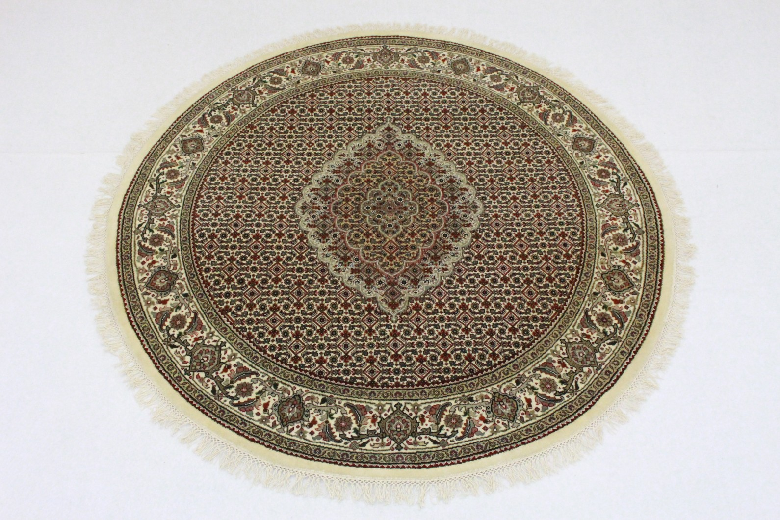 teppich rund rot beige in 150x150 5130 294 bei kaufen. Black Bedroom Furniture Sets. Home Design Ideas