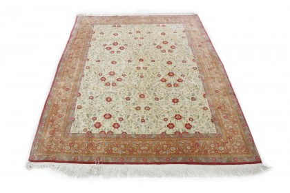 Traditional Vintage Rug China in 370x280